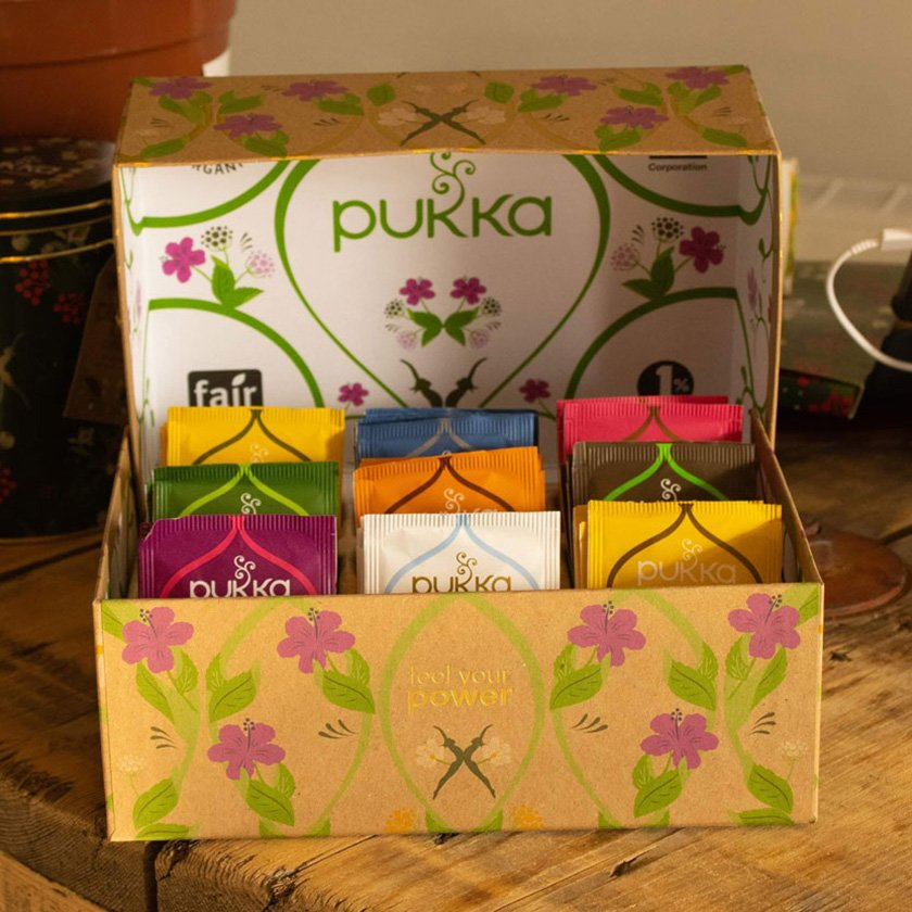 Pukka tea set